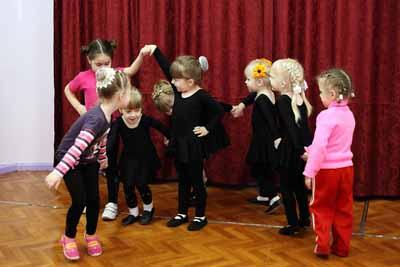 танцы для детей 3 - 5 лет