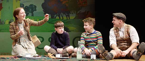 Для чего ребенку театральная студия?